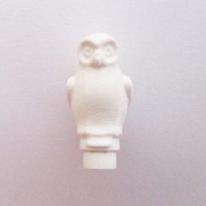 Owl w/ Round Features- White