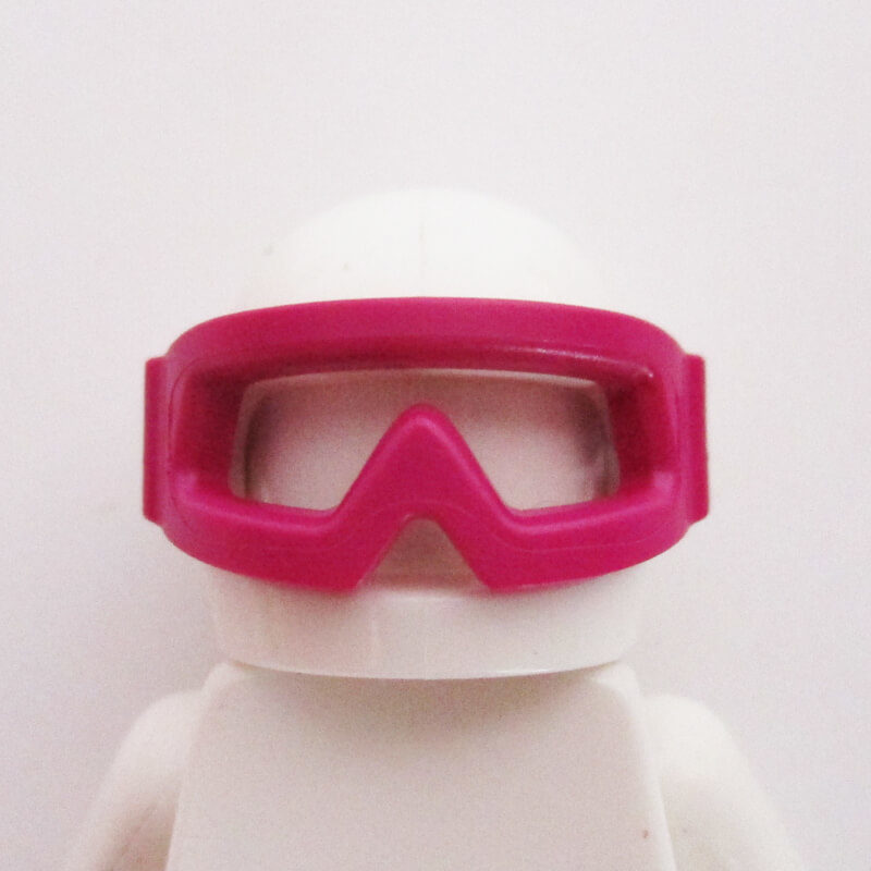 Standard Helm w/ Sports Goggles - White
