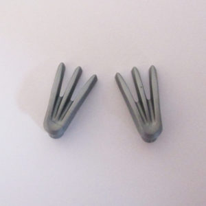 Handheld Bladed Claws, Version 1